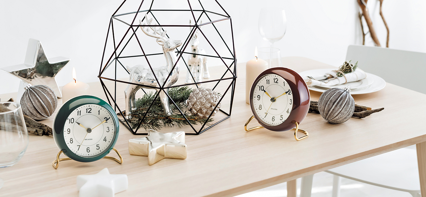 LP_JACOBSEN_T-CLOCK_2019.jpg