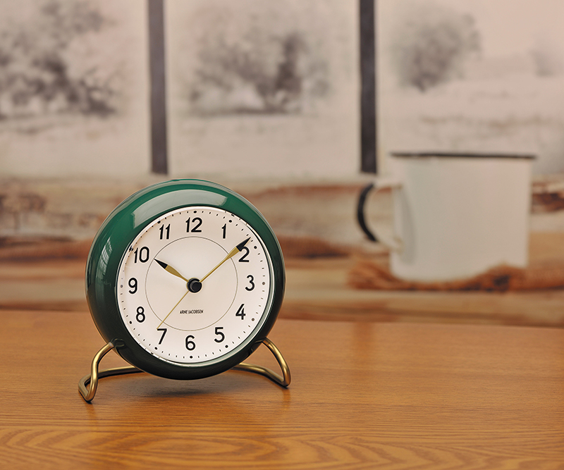 LP_JACOBSEN_T-CLOCK_2019_50168125_2.jpg